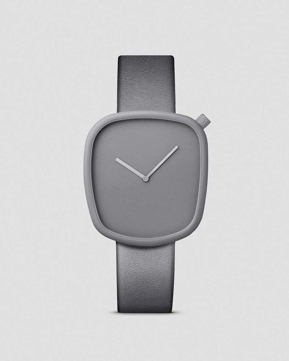 Pebble_04_Front